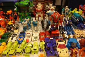 tfcon-toys3