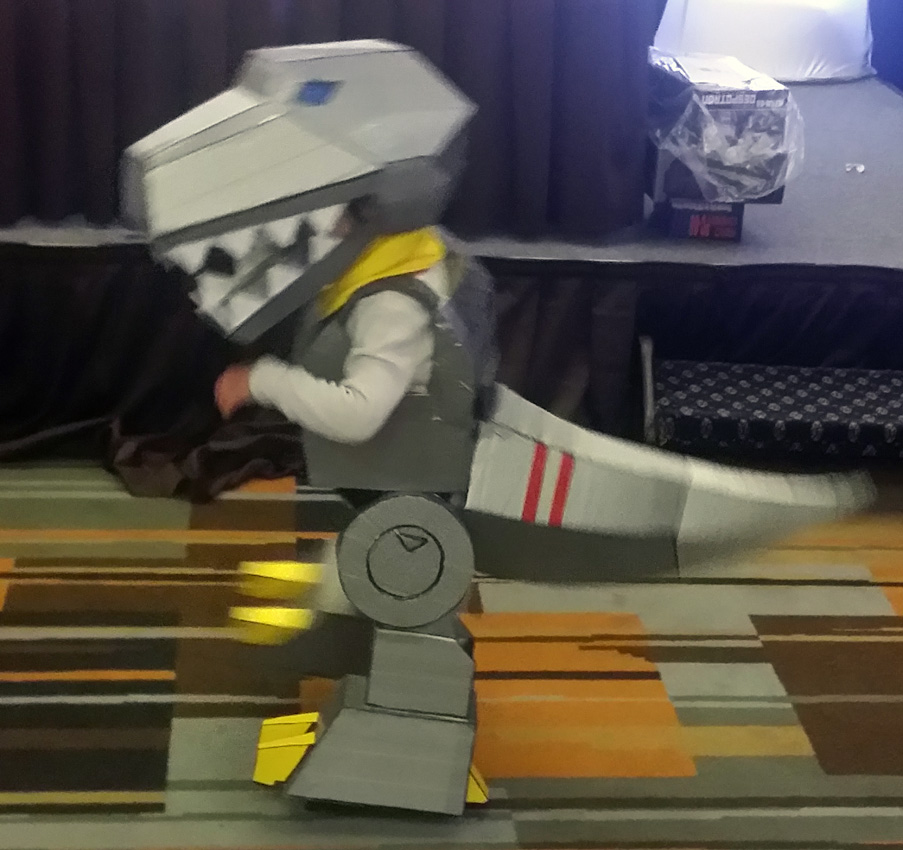 TFcon costume Grimlock